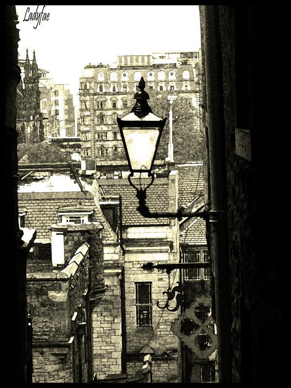 http://fc00.deviantart.net/fs25/i/2009/244/2/c/Over_Edinburgh__s_streets_by_0Ladyfae0.jpg