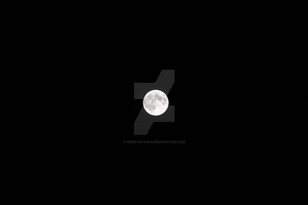 Super moon 2014 by Hero-Ritsuka