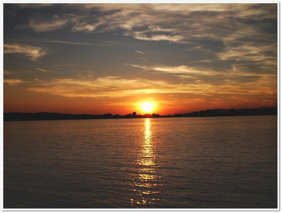 Sunset by kikichan10