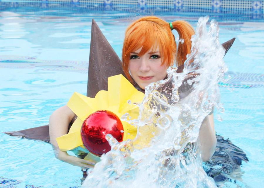 Misty Cosplay Pokemon - Staryu use Hydro Pump! by SailorMappy