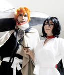 Kuchiki Rukia Prisoner and Kurosaki Ichigo Cosplay