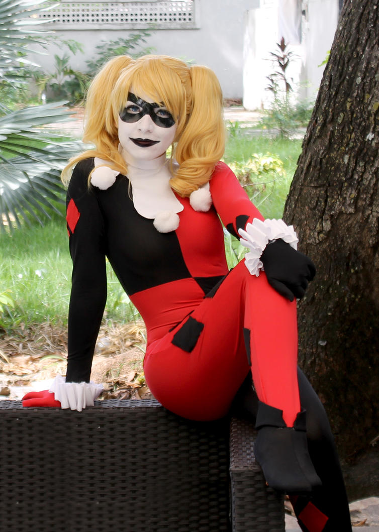 Harley Quinn Cosplay - Batman: The Animated Series by SailorMappy