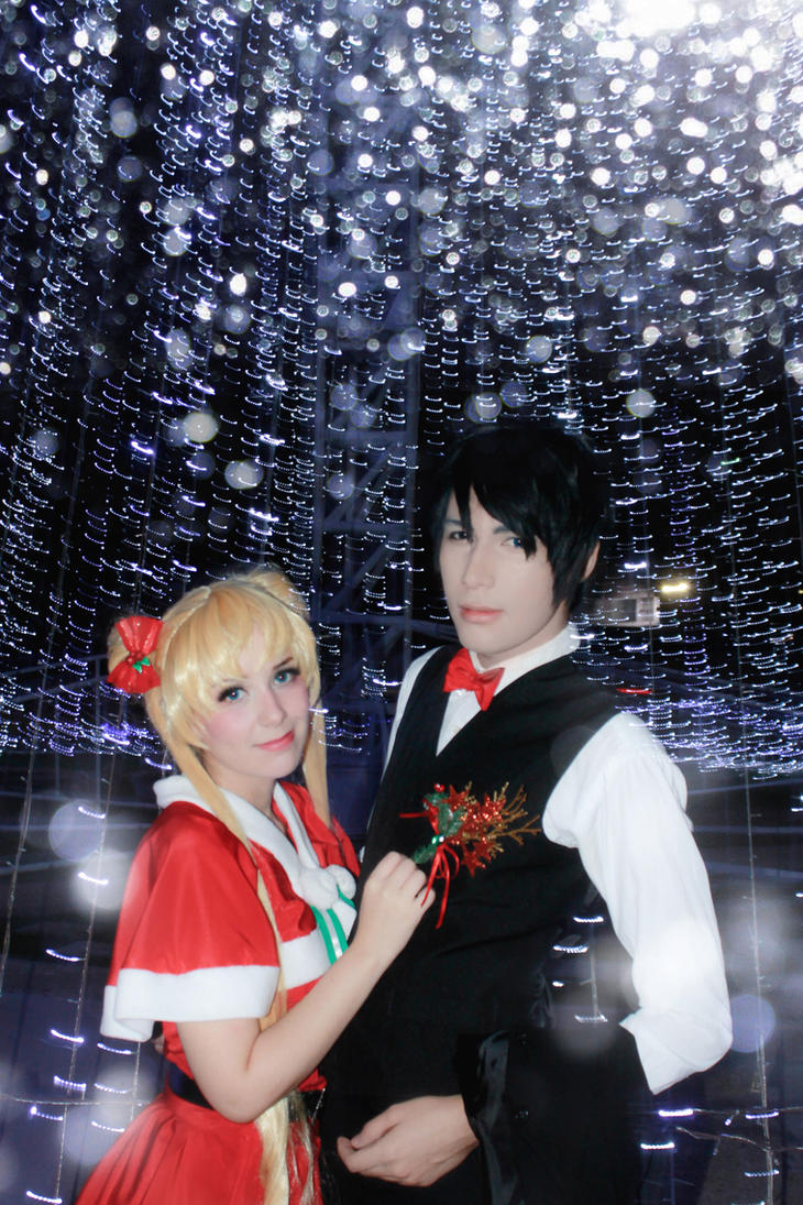 Sailor Moon Cosplay - Mamoru Usagi Christmas Time by SailorMappy