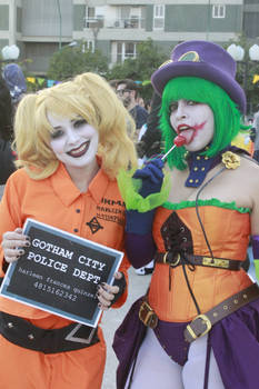 Harley Quinn and Duela Dent Cosplay