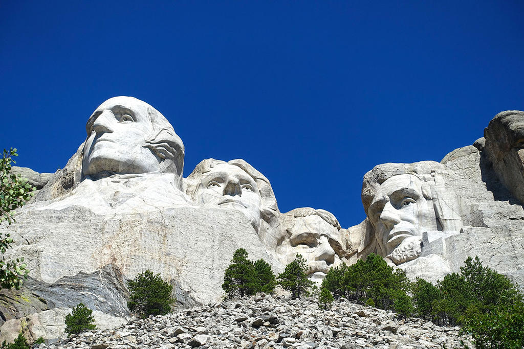 Mount Rushmore by Trisaw1