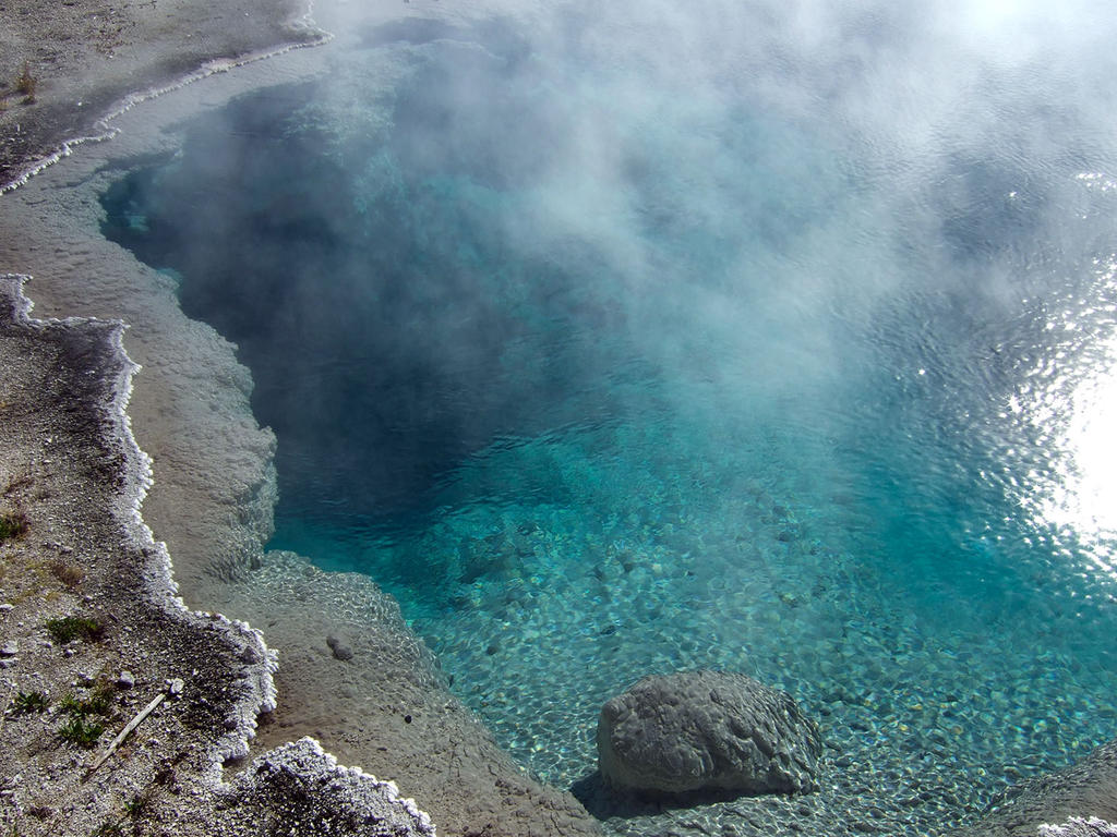 Yellowstone National Park Hot-Spring-Pool5 by Trisaw1
