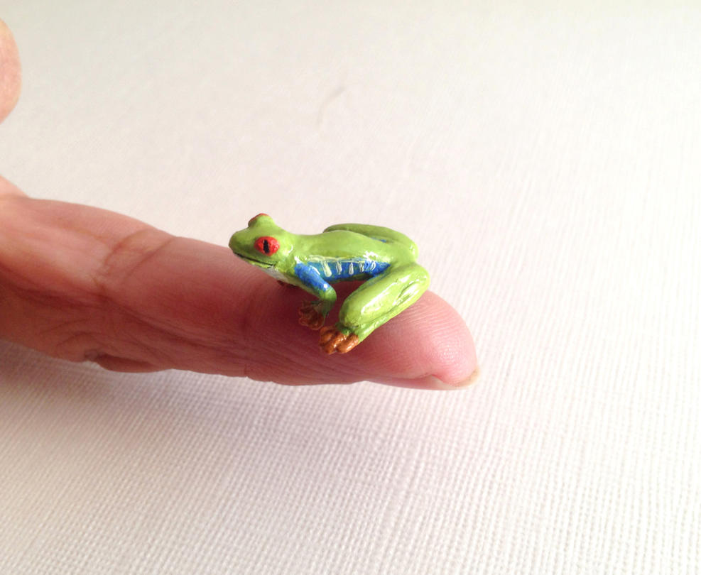 Red-Eyed Tree Frog - Miniature sculpture by Zyklon81
