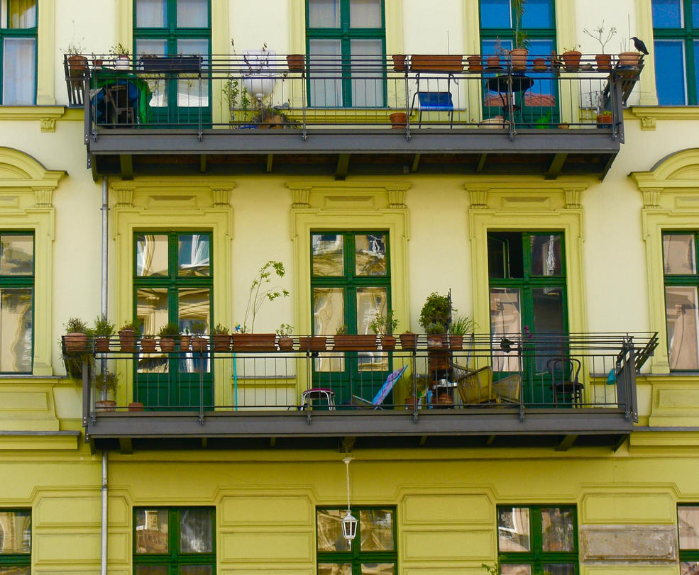 The Yellow House by Batsceba