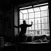 cleaning the glass by Batsceba