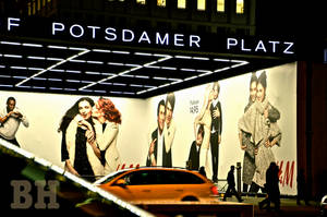 Postdamer Platz by Batsceba