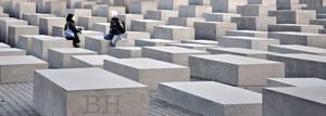 Denkmal fur die ermordeten Juden Europas by Batsceba