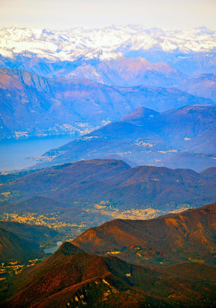 mountain view by Batsceba