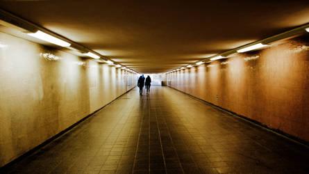 the golden tunnel by Batsceba