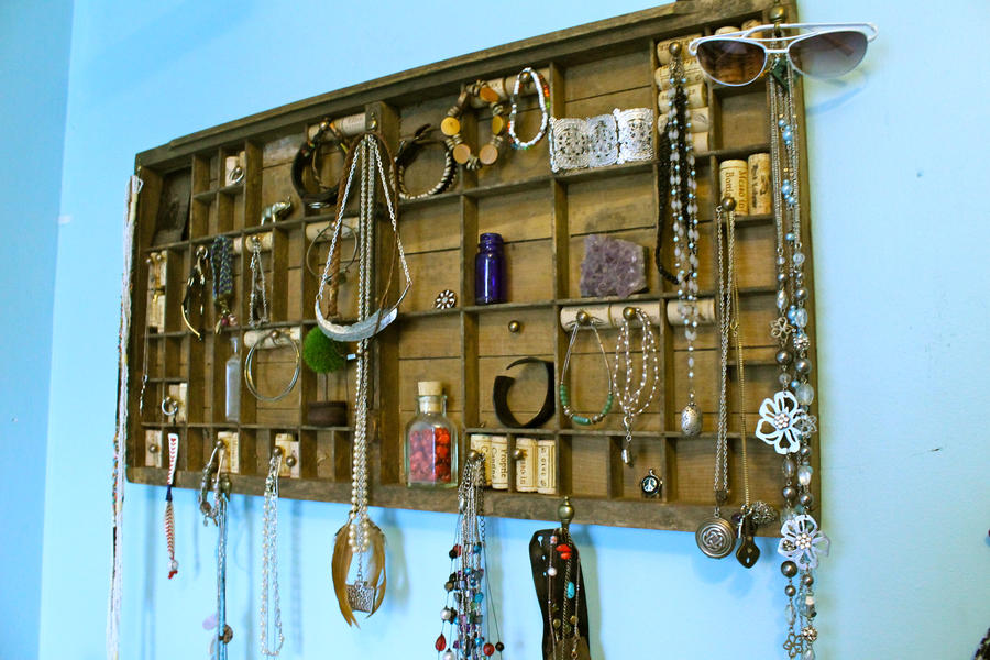 Typing drawer Jewelry rack by Little-Solace