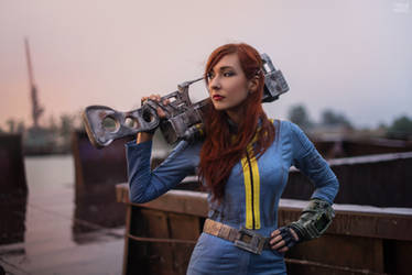 Fallout 3 - Vault dweller [5] by atomic-cocktail