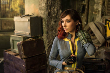Fallout New Vegas cosplay by atomic-cocktail