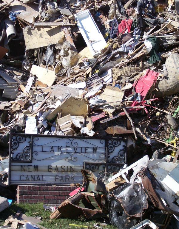Lakeview Debris by Kicks02