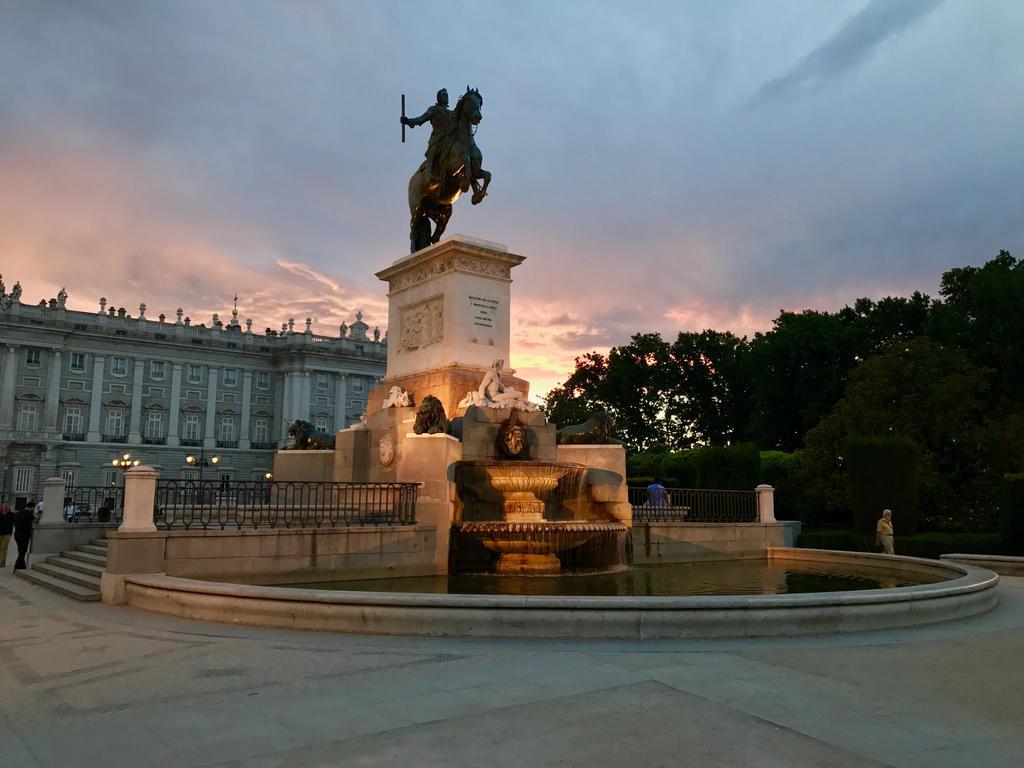 Madrid Royal Palace by mishkadance
