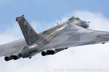 Avro Vulcan by Albi748