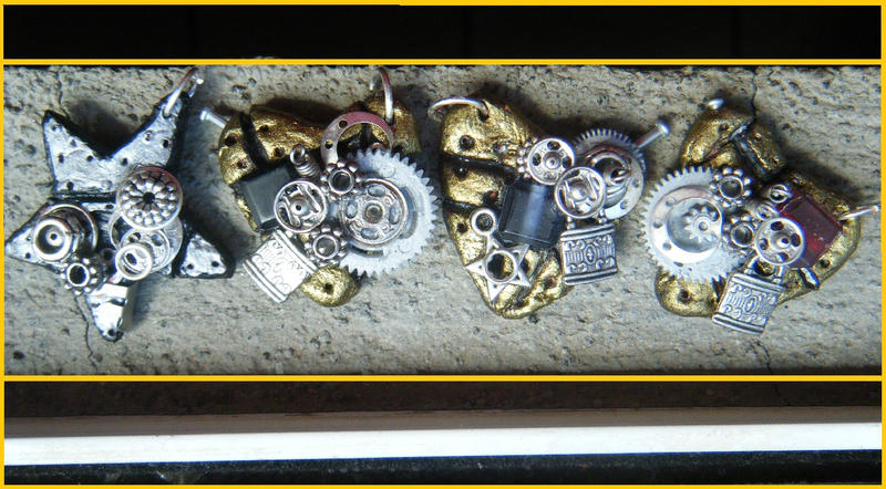 Steampunk necklaces 2 by PlacebicYue