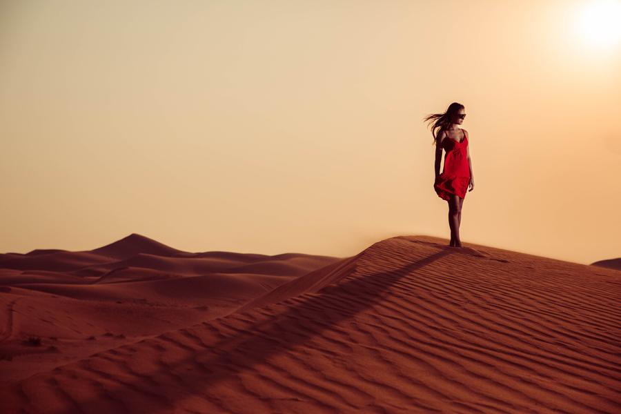 Sunset in Dubai desert by desertsafariarts