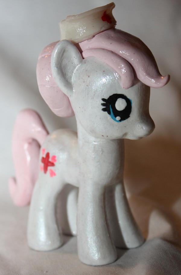 Nurse Redheart by Twitchy-Tremor