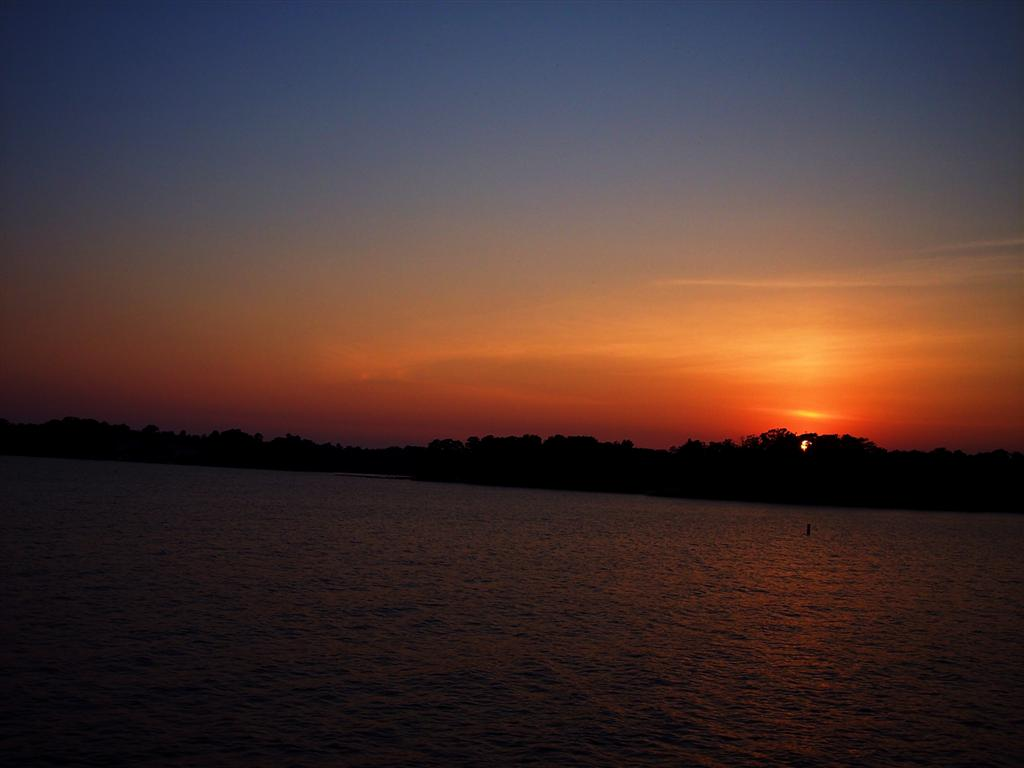 Lake Murry Sunset Manip by intouch