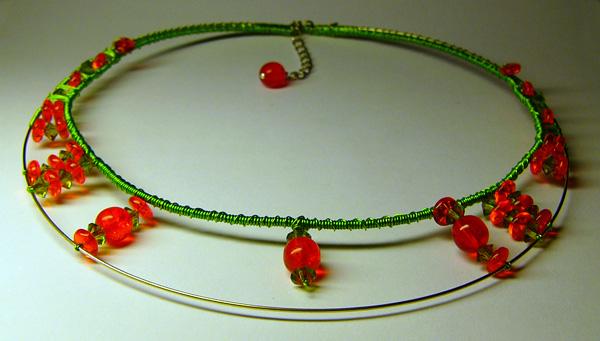 orange-green necklace by tulien