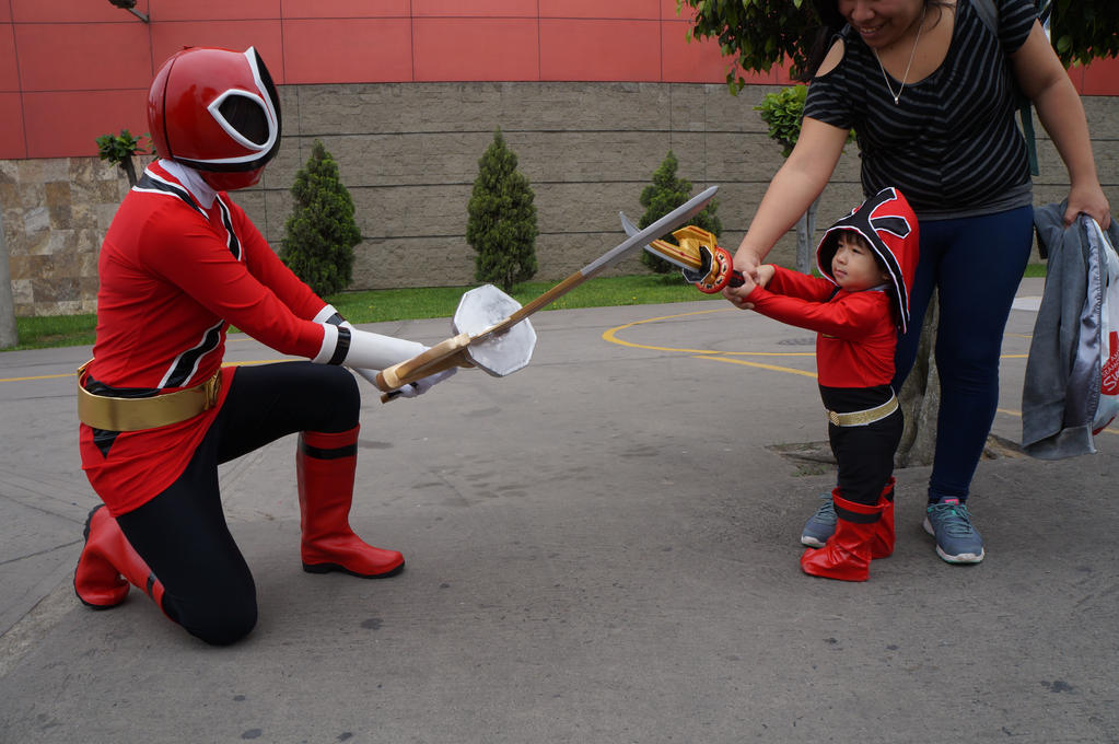 Shinken Red vs Chibi Shinken Red by Jediknightanime