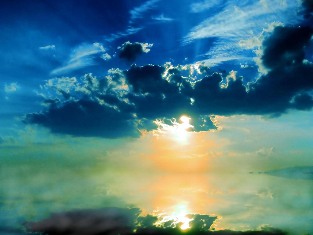 Sky N Mirror by tenderprey