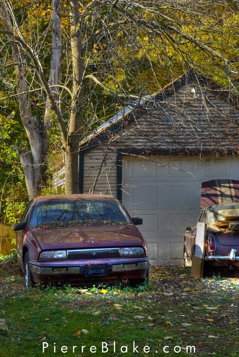 Garage. by pierreblake