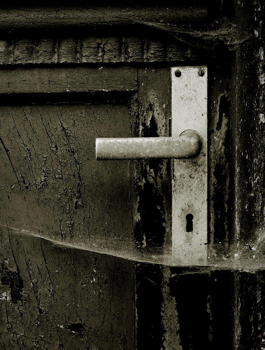 ... An old u0027nu0027 spooky door by ToxicCrack & An old u0027nu0027 spooky door by ToxicCrack on DeviantArt pezcame.com