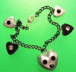 silver heart bracelet by AnaInTheStars