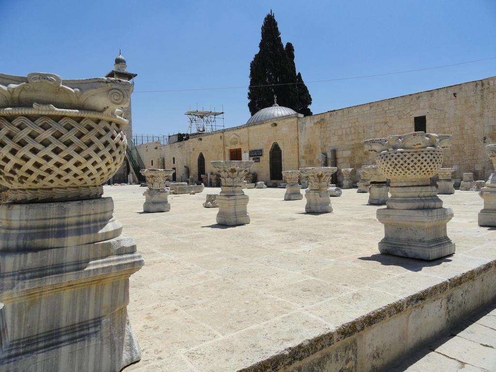 Jerusalem - temple mount - Al Aqsa Mosk by aart-berkhof on ...