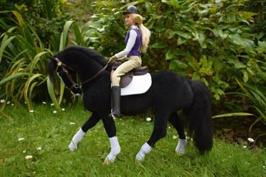 1:6 scale velour plush model horse by Tawneyhorses