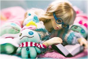 studious.. by lovelessger
