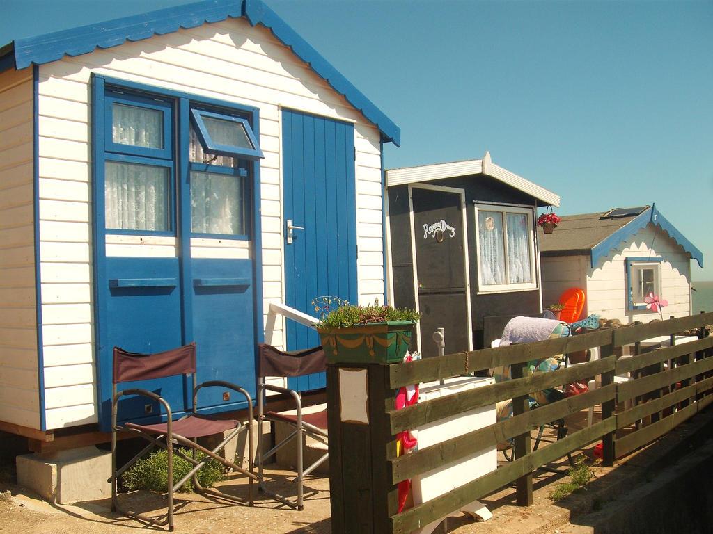 Seaside Retreats by Lothrian
