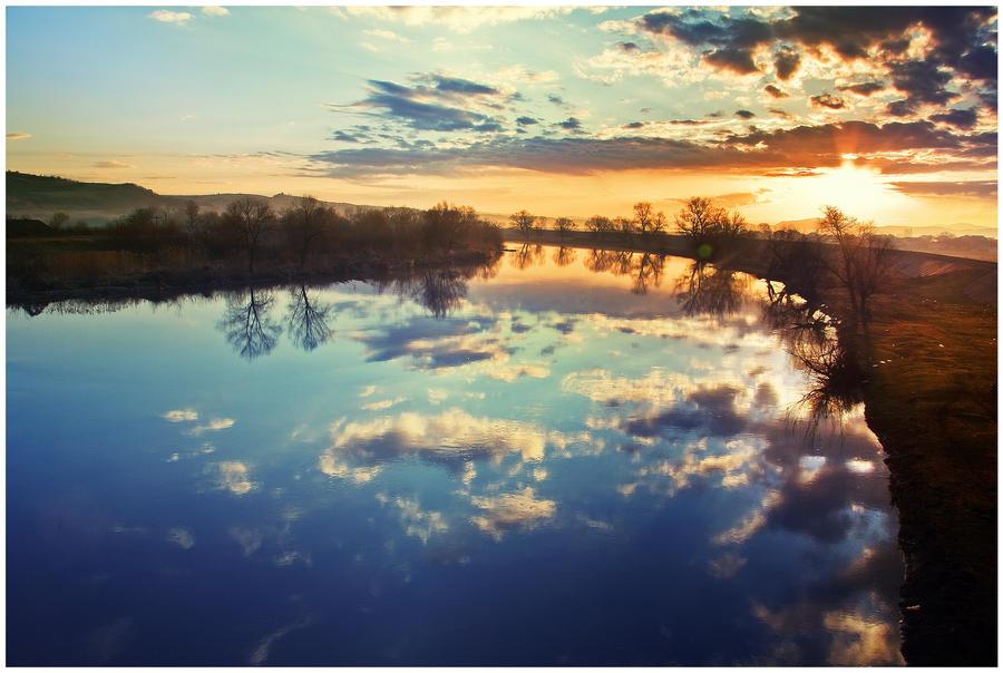 Dream_river_II_by_iustyn.jpg