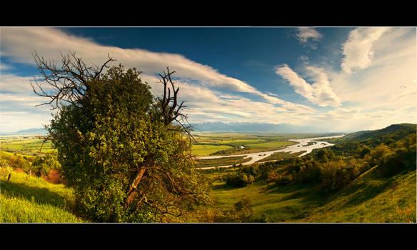 valley of kings by iustyn
