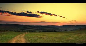 setting sun by iustyn