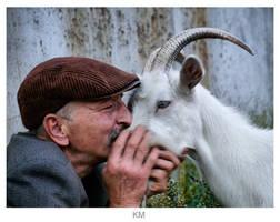 kiss by mariakovalchuk