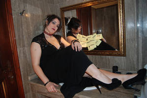 Mirror Lady 2
