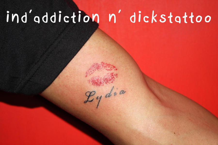 Lips tattoo by indaddiction on deviantart for Tattoos of lips on the body