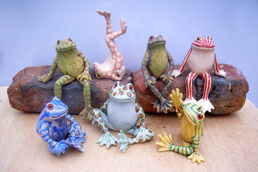 Froggez by Hippopottermiss