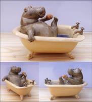 La Baigneuse by Hippopottermiss