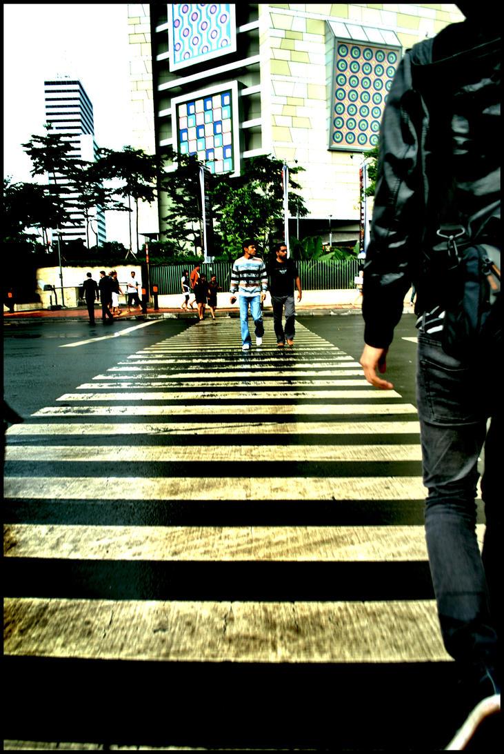 walkaway.. by Dephaytheladyduck