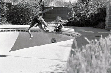 Pool Back Slash, Film by gizmofosho