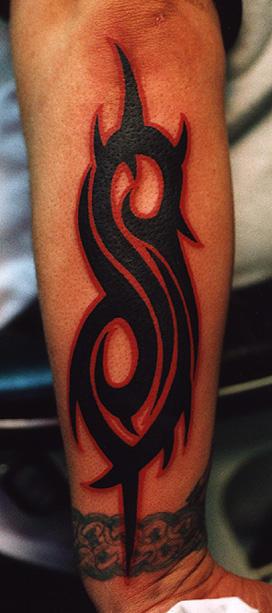 Slipknot tribal by hellbanger on deviantart for Tattoos slipknot logo