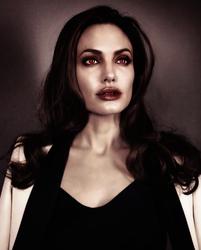 Angelina Jolie Vampire by Jeanne26