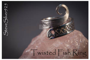Twisted Fish Ring